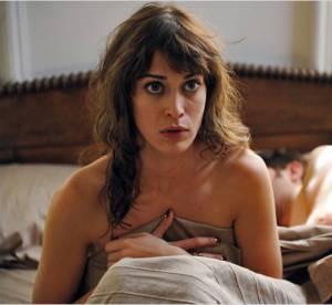 Lizzy Caplan : d'ado rebelle à demoiselle d'honneur sexy... Un nom à retenir