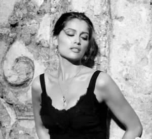 La nouvelle campagne Dolce & Gabbana avec Laetitia Casta.