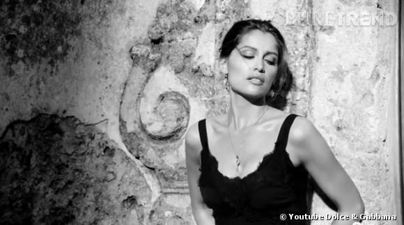 La nouvelle campagne Dolce & Gabbana dévoile une Laetitia Casta sexy et sensuelle sous le soleil de Sicile.