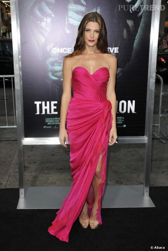 """Ashley Greene est à couper le souffle pour la première de """"The Apparition"""" à Los Angeles"""