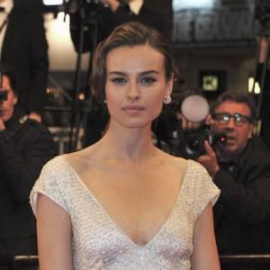 L'actrice a toujours été très féminine, privilégiant les robes de soirée chic sur tapis rouge