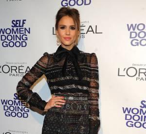 Jessica Alba vs Podium : la robe audacieuse Valentino