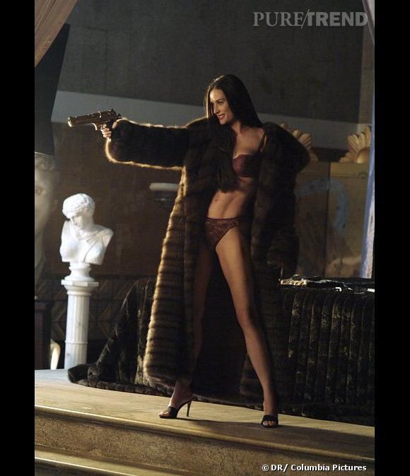 """Demi Moore, sexy en diable pour """"Charlie et ses drôles de dames""""."""