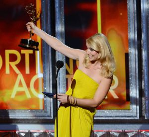Emmy Awards 2012 : Claire Danes, Julianne Moore, Julie Bowen... La couleur de la victoire !