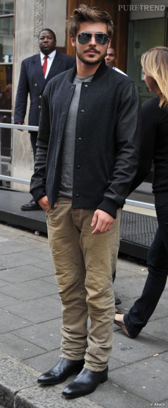 Zac Efron opte pour le Teddy bi-matière en lainage et cuir.