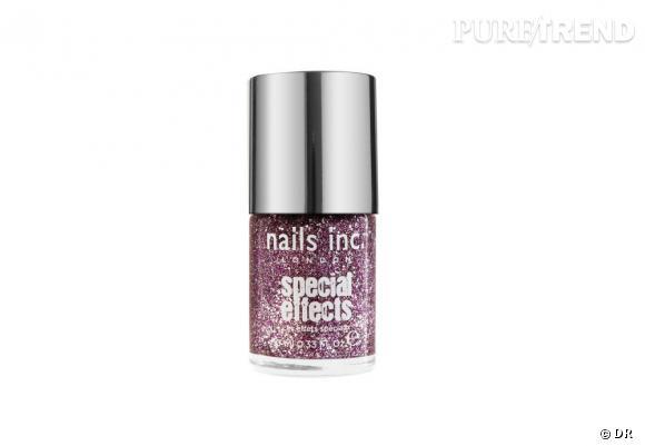 Vernis 3D Pastel Glitter de Nails Inc, teinte Marylebone, 14 €, en vente sur www.sephora.fr et chez Sephora