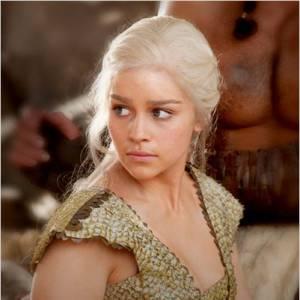 """Emilia Clarke interprète actuellement le rôle de Daenerys Targaryen dans la série """"Game of Thrones""""."""