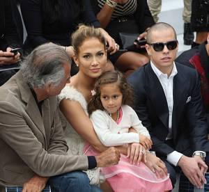 Jennifer Lopez : maman tout sourire au défilé Chanel de Paris