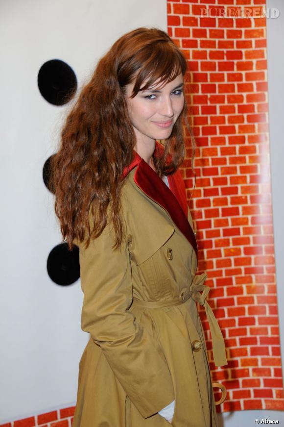 Louise Bourgoin lors du vernissage de la FIAC 2012 au Grand Palais à Paris.