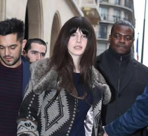 Lana Del Rey à Paris : une transformation totalement ratée ! Le flop mode
