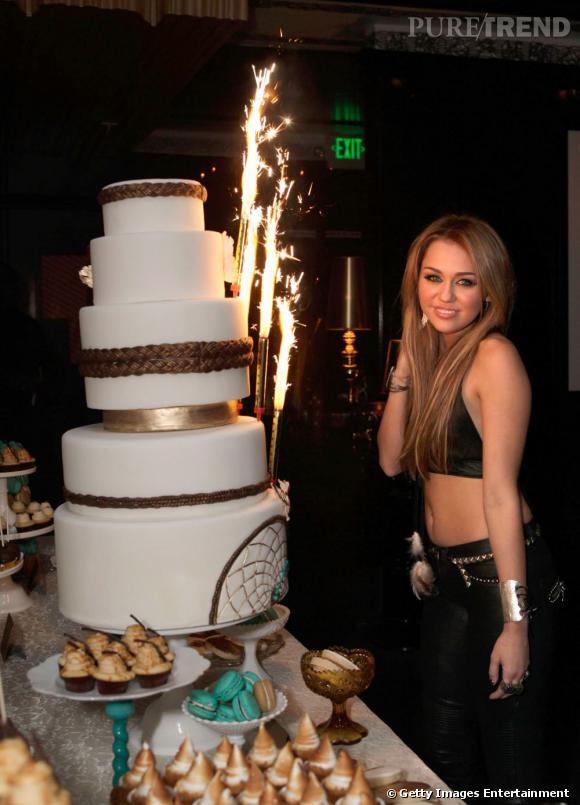 Miley Cyrus fête aujourd'hui ses 20 ans.