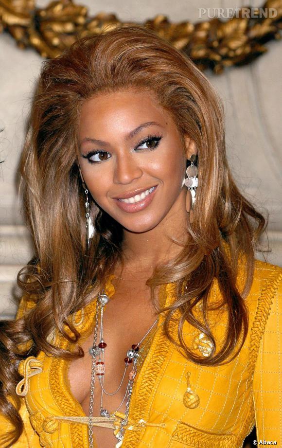Beyoncé aime donner du volume à ses racines, mais ce n'est pas toujours concluant.