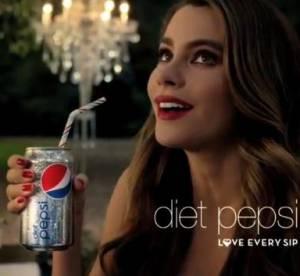 Sofia Vergara ou comment rendre le soda sexy