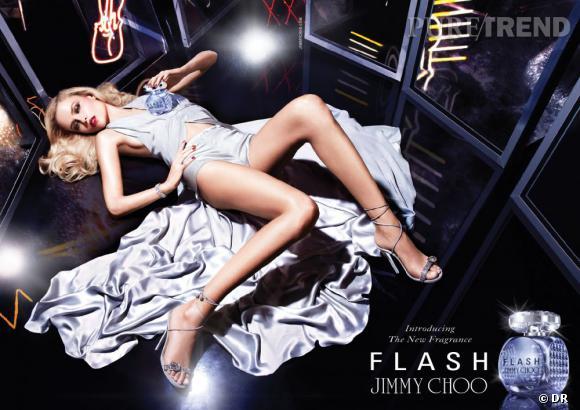 "Natasha Poly pour ""Flash"" de jimmy Choo"