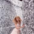 Le labyrinthe givré de la campagne de Mon Secret, le nouveau parfum de Nina Ricci.