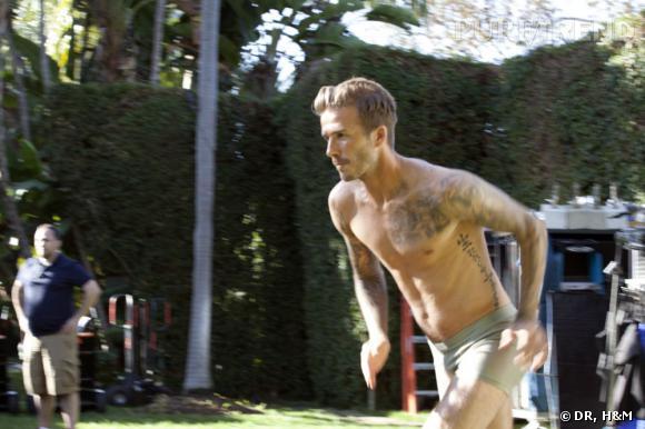 De face, aucun doute, il s'agit bien de David Beckham.