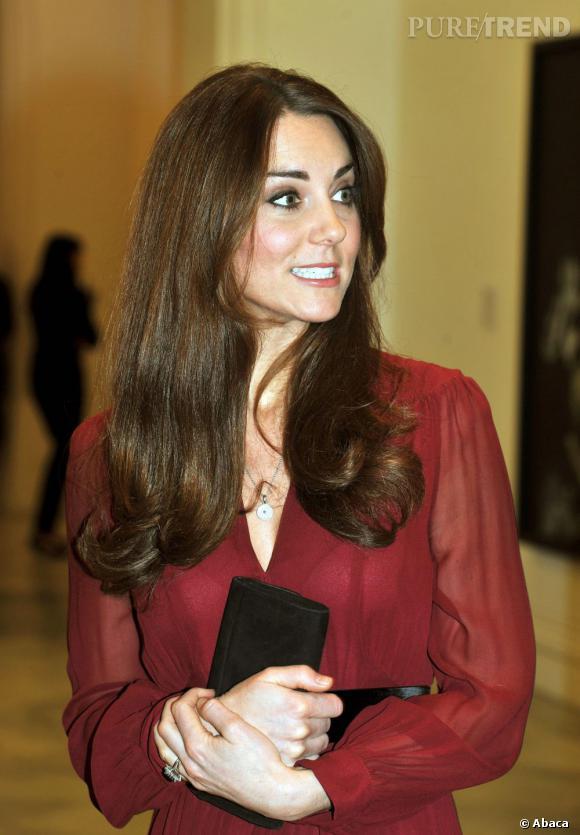 Kate Middleton en bikini et enceinte ? Les photos du magazine Chi font déjà scandale.