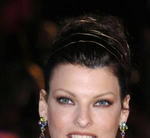 Le pire et le meilleur des Oscars Linda Evangelista, top iconique très en beauté sur le red carpet.