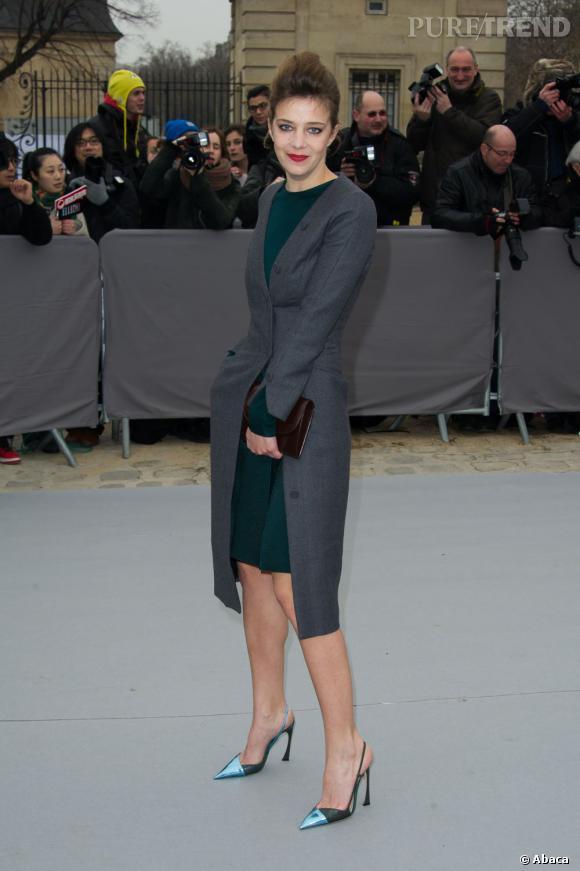Céline Sallette c'est aussi le chic au défilé Dior.