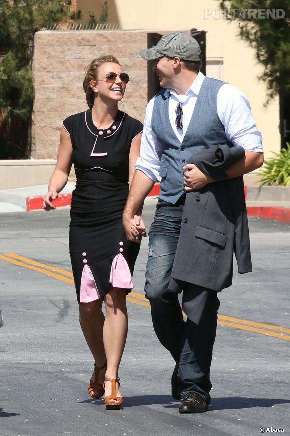 Britney Spears, main dans la main avec son nouveau boyfriend présumé David Lucado en Californie.