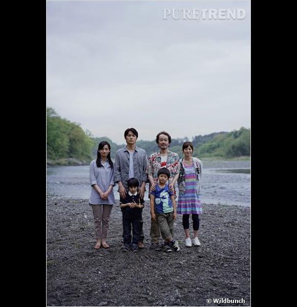 """Le film  : """"Soshite Chichi Ni Naru"""" (""""Like Father, Like Son"""").    Le réalisateur  : Hirokazu Kore-Eda.    Le casting :  Masaharu Fukuyama, Machiko Ono, Yoko Maki.    Le synopsis  : L'histoire d'un homme, Businessman obnubilé par l'argent et la réussite, frappé de crise existentielle lorsqu'il apprend qu'il a élevé sans le savoir le fils de quelqu'un d'autre pendant six ans, son fils naturel ayant été échangé à la naissance à la maternité..."""