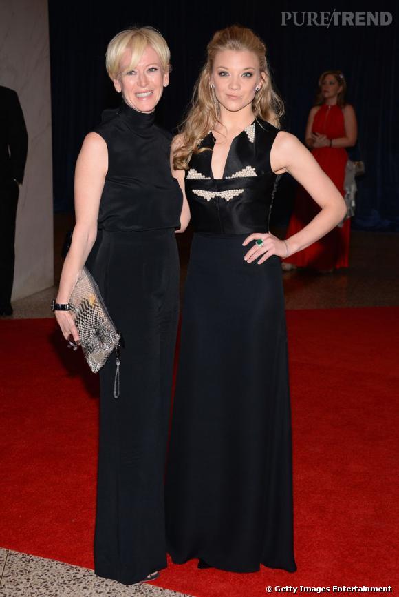 Joanna Coles et Natalie Dormer en Marios Schwab au Dîner des Correspondants à la Maison Blanche à Washington.