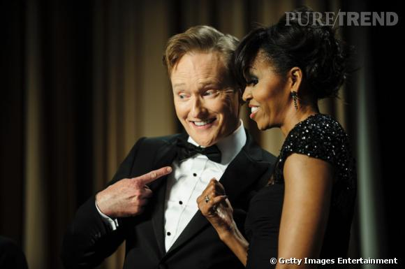 Conan O'Brien et Michelle Obama en Monique Lhuillier au Dîner des Correspondants à la Maison Blanche à Washington.