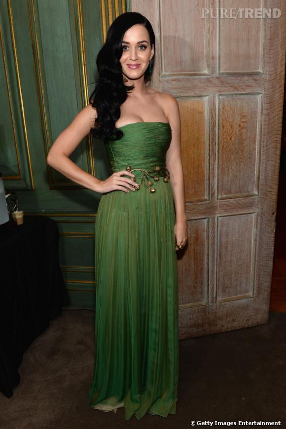 Katy Perry en Giambattista Valli au Dîner des Correspondants à la Maison Blanche à Washington.