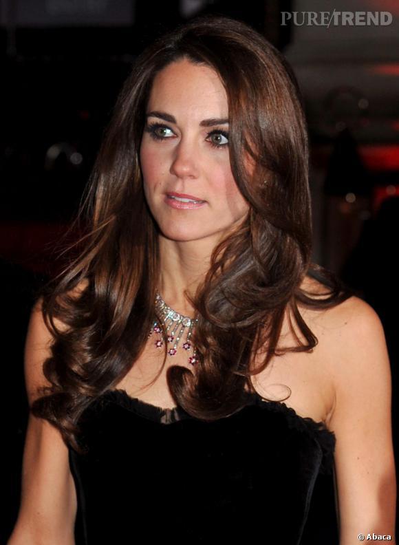 Les coiffures de Kate Middleton :  le brushing signature.