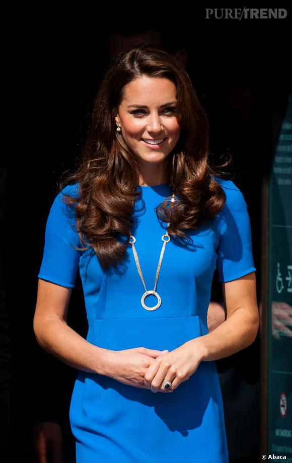 Les coiffures de Kate Middleton  : la cascade de boucles.