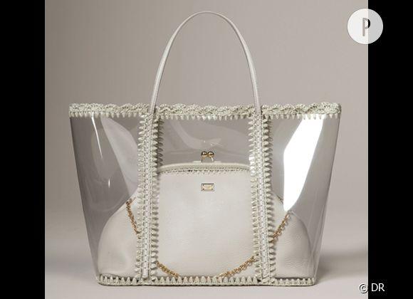 Des stars, aux podiums, à la rue : adoptez la tendance it-bag transparent    Cabas Dolce & Gabbana, 1400 €