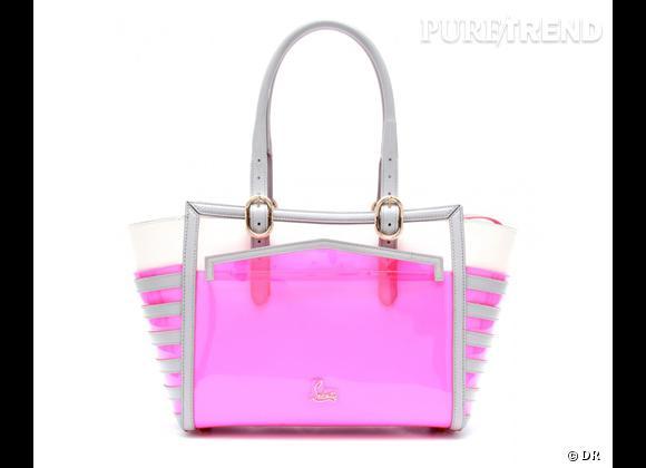 Des stars, aux podiums, à la rue : adoptez la tendance it-bag transparent    Cabas Christian Louboutin, 1195 € sur Mytheresa.com