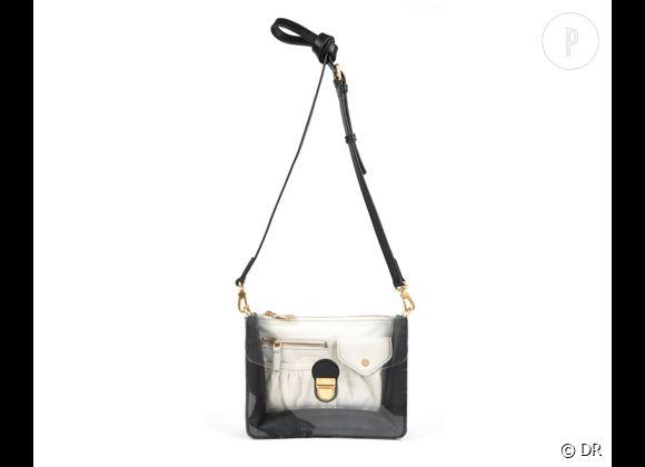 Des stars, aux podiums, à la rue : adoptez la tendance it-bag transparent    Sac Marc by Marc Jacobs, prix sur demande