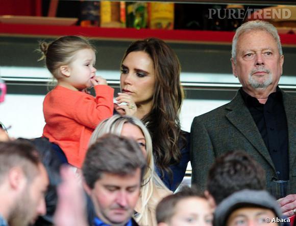 Victoria Beckham et Harper au Parc des Princes pour voir le dernier match de David Beckham.