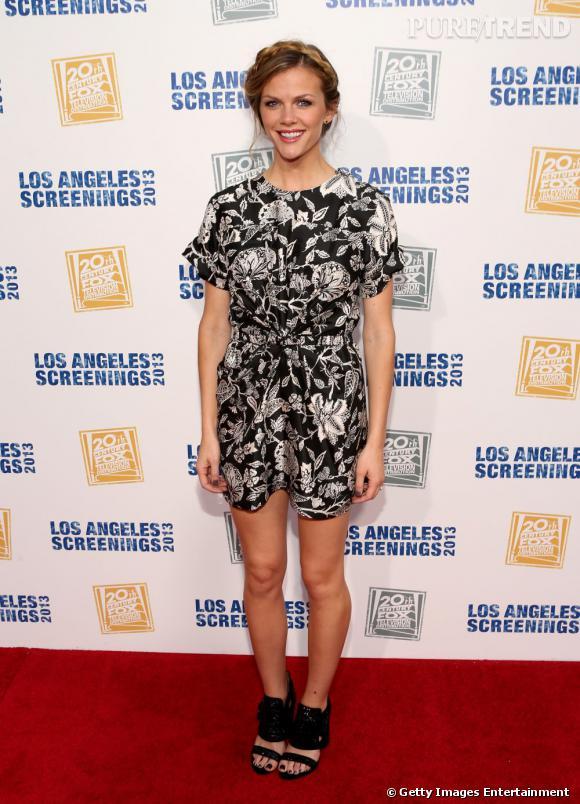 """Brooklyn Decker, un look bien calibré lors d'une soirée 20th Century Fox pour la série """"Friends with Better Lives""""."""