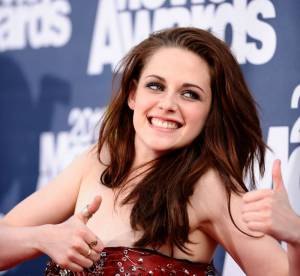 Kristen Stewart sans Robert Pattinson, elle s'eclate a un mariage !