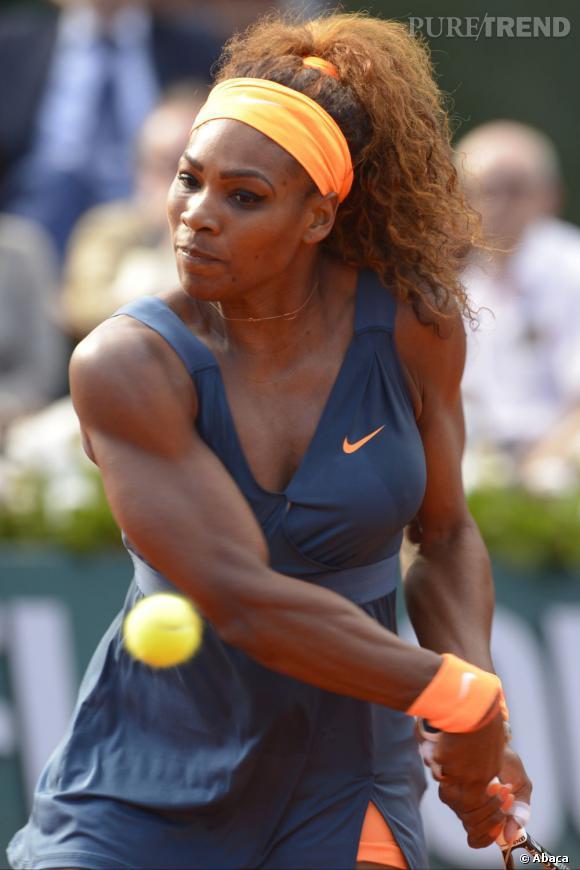 Le best-of beauté de Roland Garros Le bandana assorti à l'élastique et au poignet éponge, vu sur Serena Williams, très fan du orange pour cette édition.