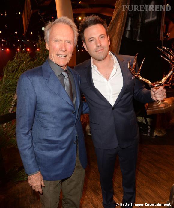 Clint Eastwood a remis le Guys' Choice Award de l'homme de l'année à Ben Affleck.