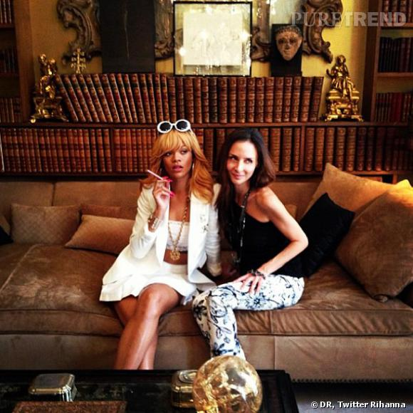 Rihanna dans l'appartement de Coco Chanel sait prendre les expressions qu'il faut !