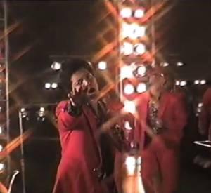 """Bruno Mars a révélé le clip de son nouveau single """"Treasure"""" aux accents disco."""