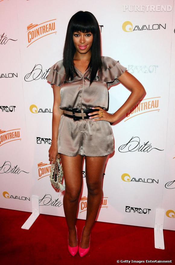 En 2009 :  Solange Knowles affiche un nouveau look plus mignon mais pas encore tout à fait transcendant.