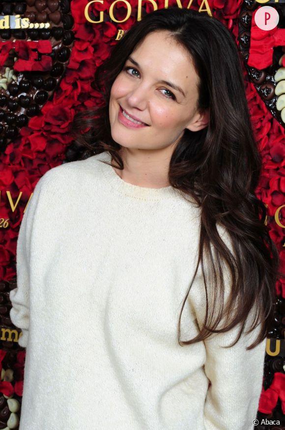 Katie Holmes va célébrer ses 1 an de divorce en invitant ses amis au Jane, à New York.
