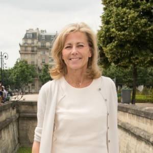 Claire Chazal a passé un week-end difficile. Après une interview mouvementée de Benoît Poelvoorde, la présentatrice a reçu un seau d'excrément sur sa voiture...