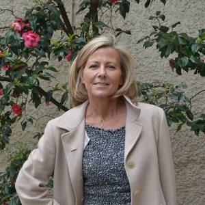 """Claire Chazal à une conférence de presse pour """"La Flamme Marie-Claire""""."""