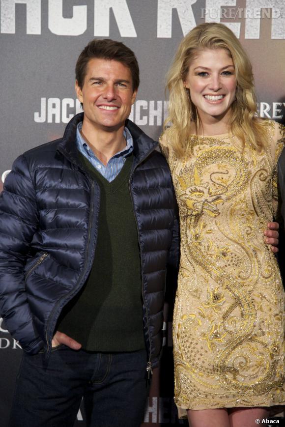 """Tom Cruise et Rosamund Pike pour la promotion du film """"Jack Reacher""""."""
