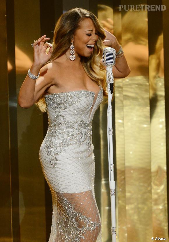 Mariah Carey a dû être transportée à l'hôpital, dimanche 7 juillet 2013, après avoir eu un accident sur le tournage de son clip.