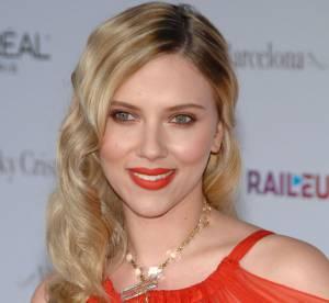 Scarlett Johansson, Jessica Alba, Kirsten Dunst : quand les stars osent la bouche orange