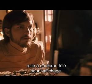 Ashton Kutcher se métamorphose en Steve Jobs dans la bande-annonce du biopic.