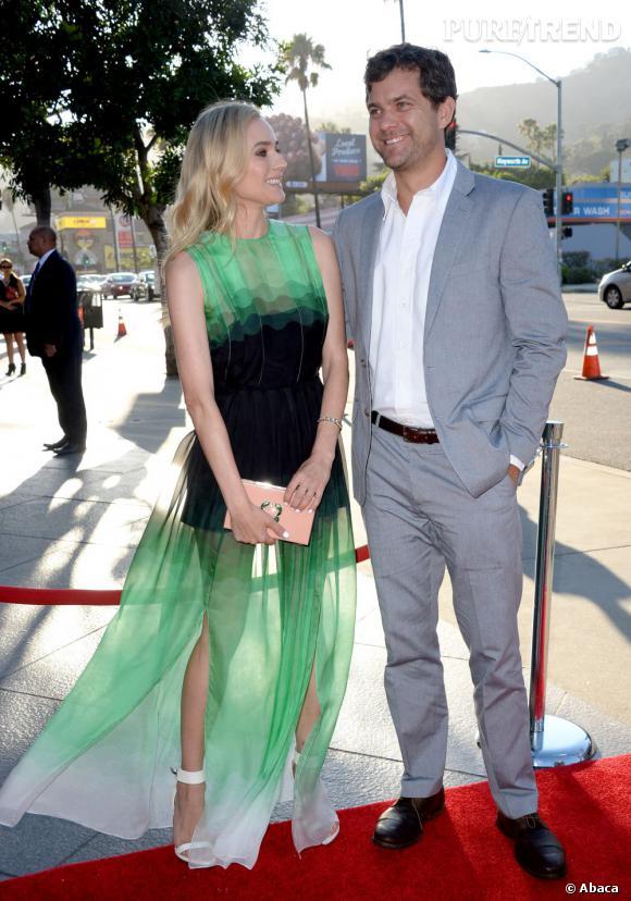 """Diane Kruger et Joshua Jackson à l'avant-première de la série """"The Bridge""""."""