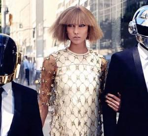 Karlie Kloss pose avec les Daft Punk pour le magazine Vogue US
